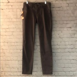 NWT Silver Gray Skinny Jeans